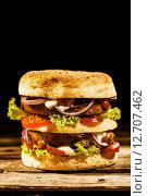 Купить «Double-decker green spelt burger with salad», фото № 12707462, снято 22 мая 2018 г. (c) PantherMedia / Фотобанк Лори
