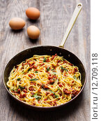 Купить «rustic italian  spaghetti carbonara», фото № 12709118, снято 19 августа 2018 г. (c) PantherMedia / Фотобанк Лори