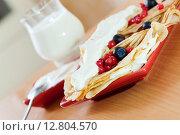 Купить «sweet pancakes», фото № 12804570, снято 8 декабря 2012 г. (c) Яков Филимонов / Фотобанк Лори