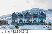 Shahdag - FEBRUARY 8, 2015: Tourist Hotels on February 8 in Aze. Редакционное фото, фотограф Elnur / Фотобанк Лори