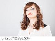 Купить «Красивая модель с ярким макияжем», фото № 12880534, снято 19 ноября 2018 г. (c) Efanov Aleksey / Фотобанк Лори