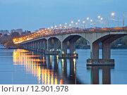 Купить «Кострома. Волжский мост», эксклюзивное фото № 12901978, снято 28 сентября 2015 г. (c) Литвяк Игорь / Фотобанк Лори