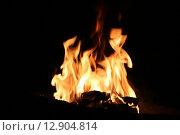 Огонь, пламя на чёрном фоне. Стоковое фото, фотограф Константин Козиев / Фотобанк Лори
