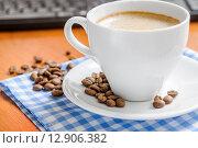 Купить «Чашка утреннего кофе», фото № 12906382, снято 9 октября 2015 г. (c) Алёшина Оксана / Фотобанк Лори