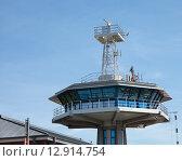 Купить «Башня в порту в Любек-Травемюнде на фоне голубого неба», фото № 12914754, снято 2 августа 2015 г. (c) Наталья Николаева / Фотобанк Лори