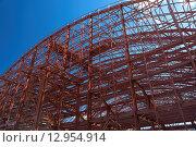 Строительство стадиона, металлоконструкции. Стоковое фото, фотограф Игорь Яковлев / Фотобанк Лори