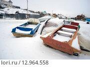 Купить «Лодки на берегу в зимний период», фото № 12964558, снято 27 октября 2015 г. (c) Алексей Маринченко / Фотобанк Лори