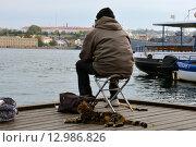 В ожидании улова (2015 год). Редакционное фото, фотограф Юрий Винокуров / Фотобанк Лори