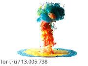 Цветные чернила или красители растворяются в воде. Стоковое фото, фотограф Смирнов Константин / Фотобанк Лори