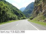 Дорога в горах Северной Осетии. Стоковое фото, фотограф Ханаева Фатима / Фотобанк Лори