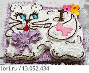 Самодельный торт в виде кошки. Стоковое фото, фотограф Игорь Низов / Фотобанк Лори