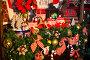 Чайники и чашки на полке с новогодними декорациями и угощениями, фото № 13062858, снято 25 октября 2015 г. (c) Швайгерт Екатерина / Фотобанк Лори