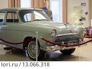 Купить «Коллекционный ретро автомобиль Газ», фото № 13066318, снято 18 октября 2015 г. (c) Игорь Жиляков / Фотобанк Лори