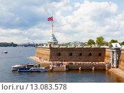 Купить «Вид на бастион Петропавловской крепости, Санкт-Петербург», фото № 13083578, снято 9 июля 2015 г. (c) Наталья Волкова / Фотобанк Лори