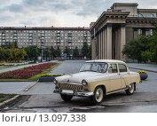 Волга газ 21 выпуска 1962 года (2014 год). Редакционное фото, фотограф дмитрий толмачев / Фотобанк Лори