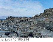 Серые скалы на морском берегу. Стоковое фото, фотограф Инна Маслова / Фотобанк Лори