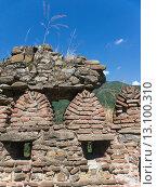 Фрагмент крепостной стены. Стоковое фото, фотограф Инна Маслова / Фотобанк Лори