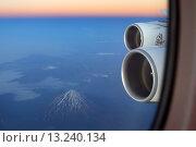 Вид из иллюминатора Airbus A380 (2014 год). Редакционное фото, фотограф Артём Аникеев / Фотобанк Лори