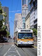 Купить «San Francisco, California - Electric Bus, Market Street, Ferry Building in the Background  While saving fossil fuels, electric power necessitates electric...», фото № 13289954, снято 20 мая 2019 г. (c) age Fotostock / Фотобанк Лори