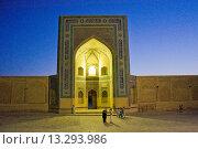 Купить «Uzbekistan, Bukhara, Kalon mosque», фото № 13293986, снято 23 февраля 2019 г. (c) age Fotostock / Фотобанк Лори