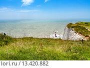 Купить «Вид с меловой скалы Бичи-Хед. Восточный Сассекс. Англия», фото № 13420882, снято 15 июня 2013 г. (c) Andrei Nekrassov / Фотобанк Лори