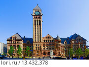 Купить «Old City Hall with clock tower and court of justice Toronto Ontario Canada», фото № 13432378, снято 8 июля 2020 г. (c) age Fotostock / Фотобанк Лори