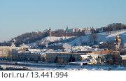 Нижний Новгород, вид на Нижне-Волжскую набережную с Канавинского моста (2013 год). Редакционное фото, фотограф Евгений Захаров / Фотобанк Лори
