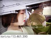 Купить «Fukuyu,geisha and Fukukimi,´maiko´ geisha apprenticein taxi going to work Geisha´s distric of Miyagawacho Kyoto  Kansai, Japan», фото № 13461390, снято 15 июля 2020 г. (c) age Fotostock / Фотобанк Лори