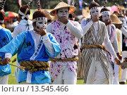 Купить «Uruma City, Okinawa, Japan, Eisa whistling-dances», фото № 13545466, снято 15 декабря 2017 г. (c) age Fotostock / Фотобанк Лори