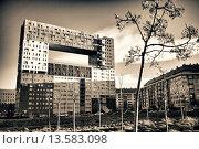El Mirador de Sanchinarro, Social Housing designed by Blanca Lleó, Madrid, Spain. Стоковое фото, фотограф Jesús Sierra / age Fotostock / Фотобанк Лори