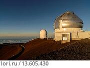 Купить «Gemini and UH 2 2 Telescopes on Mauna Kea Volcano, Big Island, Hawaii, USA», фото № 13605430, снято 27 мая 2019 г. (c) age Fotostock / Фотобанк Лори