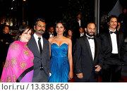 Купить «Nawazuddin Siddiqui, Tannishtha Chatterjee, Amit Kumar, Vijay Verma - Cannes/France/France - 66TH CANNES FILM FESTIVAL - RED CARPET MONSOON SHOOTOUT», фото № 13838650, снято 18 мая 2013 г. (c) age Fotostock / Фотобанк Лори