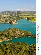 Купить «Cola del Fuensanta reservoir (Tail end of the Fuensanta reservoir). Sierra del Segura. Yeste. Province of Albacete. Spain.», фото № 13846138, снято 16 июля 2018 г. (c) age Fotostock / Фотобанк Лори