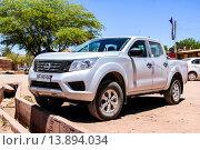 Купить «Nissan Terrano», фото № 13894034, снято 17 ноября 2015 г. (c) Art Konovalov / Фотобанк Лори