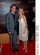 Купить «Sheryl Crow & Mitch Glazer - Beverly Hills/California/United States - CARTIER CELEBRATES 25 YEARS IN BEVERLY HILLS», фото № 13987350, снято 9 мая 2005 г. (c) age Fotostock / Фотобанк Лори