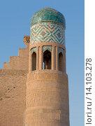 Купить «Башня в древнем городе Ичан-кала», фото № 14103278, снято 18 сентября 2007 г. (c) Elizaveta Kharicheva / Фотобанк Лори