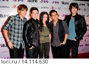 Купить «Kendall Schmidt and James Maslow and Tiffany Giardina and Carlos Pena and Logan Henderson - New York/New York/United States - J-14 MAGAZINE ANNOUNCES IN...», фото № 14114630, снято 9 сентября 2010 г. (c) age Fotostock / Фотобанк Лори