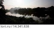 Купить «Die Landschaft am Xe Bang Fai River beim Dorf Mahaxai Mai von Tham Pa Fa unweit der Stadt Tha Khaek in zentral Laos an der Grenze zu Thailand in Suedostasien.», фото № 14341838, снято 23 июля 2019 г. (c) age Fotostock / Фотобанк Лори