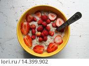 Полезный завтрак. Стоковое фото, фотограф Анастасия Доманская / Фотобанк Лори