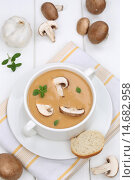 Купить «mushroom soup mushroom champignon mushrooms soup», фото № 14682958, снято 12 декабря 2017 г. (c) PantherMedia / Фотобанк Лори
