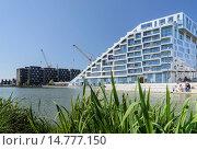 Купить «8-Tallet, modern apartment house, by Bjarke Ingels Group, district Oerestad, Amager, Copenhagen, Denmark», фото № 14777150, снято 22 июля 2019 г. (c) age Fotostock / Фотобанк Лори