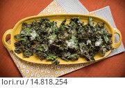 Купить «parmesan kale chips preparation.», фото № 14818254, снято 16 октября 2012 г. (c) age Fotostock / Фотобанк Лори