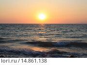 Закат на море. Стоковое фото, фотограф Надежда Румянцева / Фотобанк Лори