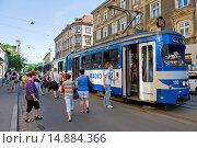 Купить «Poland, Krakow, Kazimierz area, tram.», фото № 14884366, снято 19 ноября 2019 г. (c) age Fotostock / Фотобанк Лори