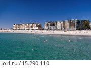 Australia, South Australia, Gelnelg, Waterfront buildings, Glenelg Beach. Стоковое фото, фотограф Walter Bibikow / age Fotostock / Фотобанк Лори