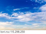 Купить «Облака в вечернем небе», эксклюзивное фото № 15298250, снято 4 октября 2015 г. (c) Сергей Лаврентьев / Фотобанк Лори