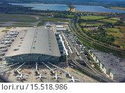 Купить «London Heathrow Airport is a major international airport in West London, England, United Kingdom. Heathrow is the busiest airport in the United Kingdom...», фото № 15518986, снято 18 августа 2014 г. (c) age Fotostock / Фотобанк Лори