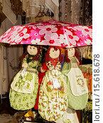 Купить «Greek Dolls For Sale Corfu Greece», фото № 15618678, снято 21 ноября 2019 г. (c) age Fotostock / Фотобанк Лори