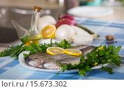 Купить «Close up view at sea eel fish ready for cooking», фото № 15673302, снято 29 марта 2020 г. (c) Яков Филимонов / Фотобанк Лори