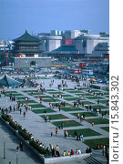 Купить «Xian. View from Drum Tower across busy square towards Bell Tower.», фото № 15843302, снято 16 июля 2008 г. (c) age Fotostock / Фотобанк Лори